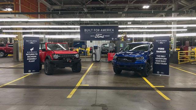 Ford bất ngờ để lộ hành tung Bronco, có ra mắt sớm hơn dự kiến? - Ảnh 1.