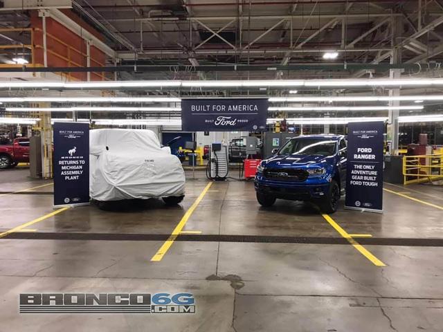Ford bất ngờ để lộ hành tung Bronco, có ra mắt sớm hơn dự kiến? - Ảnh 2.