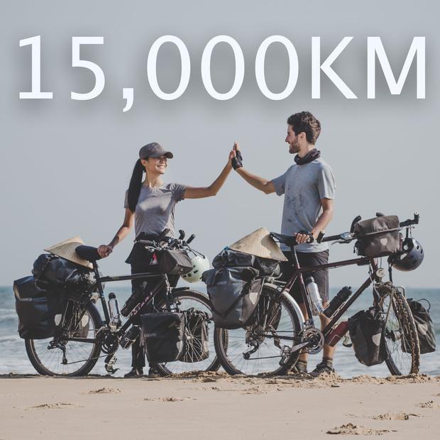 Cặp chồng Tây vợ Việt kết thúc 16.000km đạp xe từ Pháp về Việt Nam: Chặng cuối gian nan vì dịch bệnh Covid-19 - Ảnh 1.