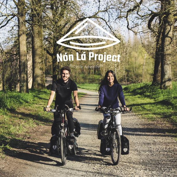 Cặp chồng Tây vợ Việt kết thúc 16.000km đạp xe từ Pháp về Việt Nam: Chặng cuối gian nan vì dịch bệnh Covid-19 - Ảnh 12.