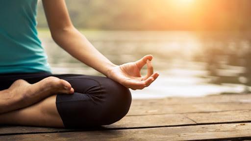 Nếu căng thẳng, lo âu và chán nản kéo dài, hãy thử thay đổi bản thân với Yoga: Bạn sẽ nhận ra nhiều lợi ích to lớn trước đây chưa từng biết - Ảnh 2.