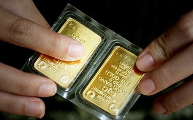 Giá vàng lại bật tăng lên gần 49 triệu đồng/lượng