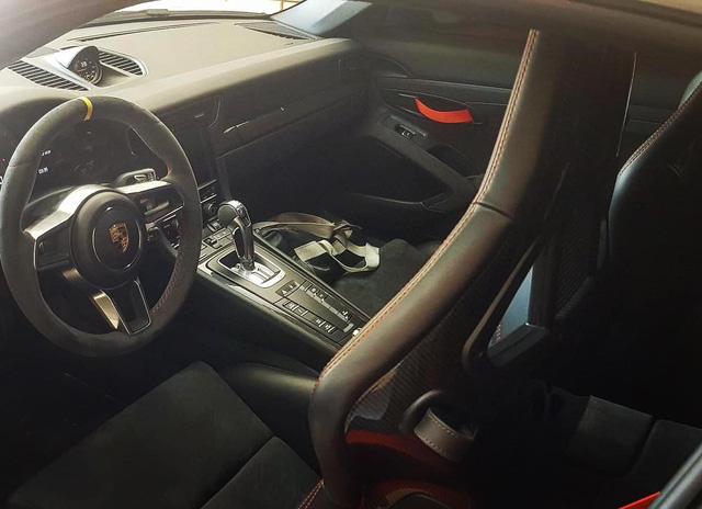 Porsche 911 GT3 RS từng của ông chủ cà phê Trung Nguyên về tay đại gia Bến Tre nhưng một điểm mới khiến không phải ai cũng nhận ra - Ảnh 3.