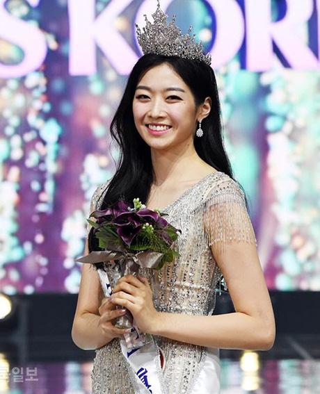 Văn hóa vâng lời và áp lực về cái đẹp của người Hàn Quốc: Bị phán xét từ mí mắt đến màu da, cuối cùng phải bước vào con đường dao kéo - Ảnh 4.