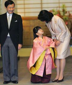Hoàng hậu Masako - người mẹ từng vượt qua căn bệnh trầm cảm, dùng kỷ luật thép để dạy con sống như thường dân, không có đặc quyền dù là công chúa - Ảnh 16.