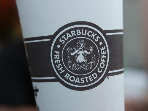 """Logo của những thương hiệu ăn uống đình đám nhất thế giới thay đổi ra sao theo thời gian: """"Chóng mặt"""" nhất vẫn là hãng đầu tiên - Ảnh 11."""