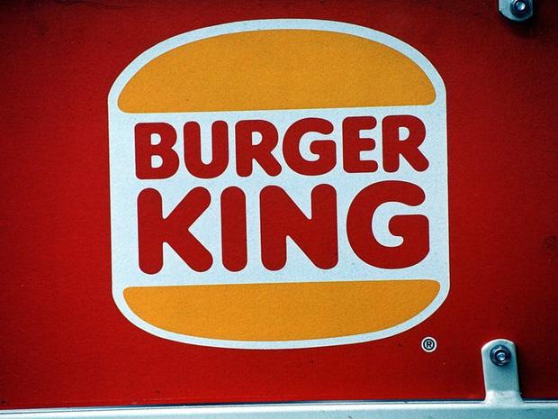 """Logo của những thương hiệu ăn uống đình đám nhất thế giới thay đổi ra sao theo thời gian: """"Chóng mặt"""" nhất vẫn là hãng đầu tiên - Ảnh 20."""