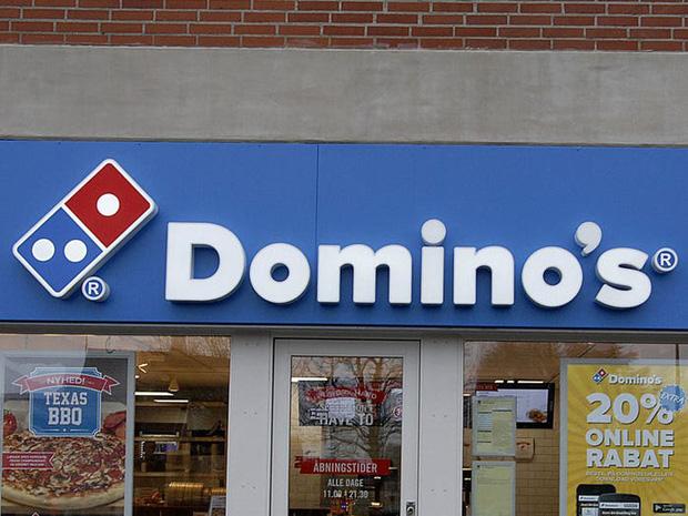 """Logo của những thương hiệu ăn uống đình đám nhất thế giới thay đổi ra sao theo thời gian: """"Chóng mặt"""" nhất vẫn là hãng đầu tiên - Ảnh 23."""