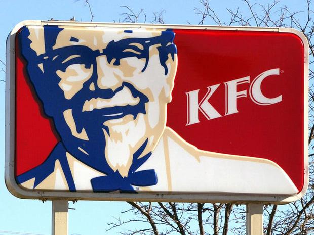 """Logo của những thương hiệu ăn uống đình đám nhất thế giới thay đổi ra sao theo thời gian: """"Chóng mặt"""" nhất vẫn là hãng đầu tiên - Ảnh 9."""
