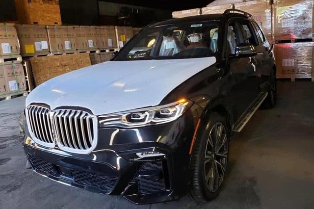 BMW X7 nhập tư phải đại hạ giá còn 6,3 tỷ đồng, 'thu vốn' sau ưu đãi sốc từ xe chính hãng - Ảnh 1.