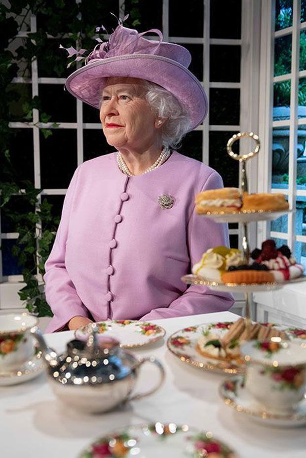 Thực đơn ăn kiêng và bí quyết giữ sức khỏe giá bình dân giúp Nữ hoàng Elizabeth II ở tuổi 94 vẫn trẻ trung, khỏe mạnh - Ảnh 7.