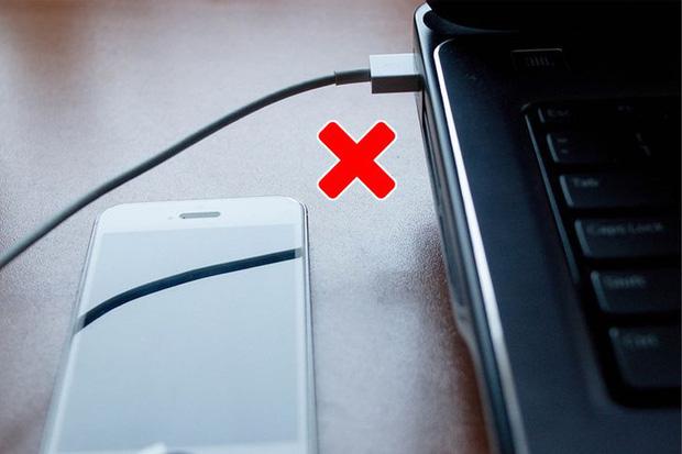 10 trường hợp sạc pin sai cách khiến pin các thiết bị của bạn chai đi một cách nhanh chóng - Ảnh 9.