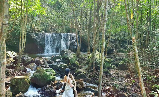 Hè thả ga: Trọn vẹn lịch trình 4N3Đ Phú Quốc dành cho gia đình thích khám phá, lặn biển ngắm san hô, xuyên rừng băng thác  - Ảnh 8.