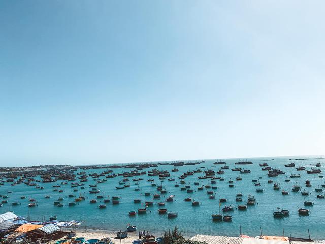 Ngắm hoàng hôn mê hoặc trên đồi cát, chiêm ngưỡng cung đường biển đẹp tuyệt đỉnh: Mũi Né, có tất thảy!  - Ảnh 17.