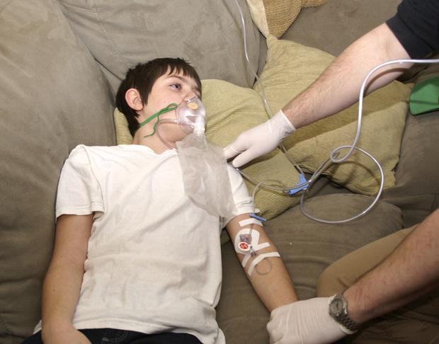 Thiếu niên 18 tuổi suýt mất mạng vì đột quỵ, nguyên nhân là do hành động mà nhiều người trẻ vẫn hay làm hàng đêm - Ảnh 6.
