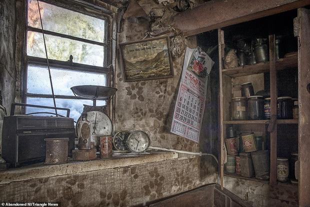 Ghé thăm ngôi nhà của ký ức từ hơn 200 năm trước vẫn còn nguyên vẹn: Đồng hồ đã ngưng điểm, hàng trăm bức thư tình vẫn còn trong ngăn kéo - Ảnh 7.