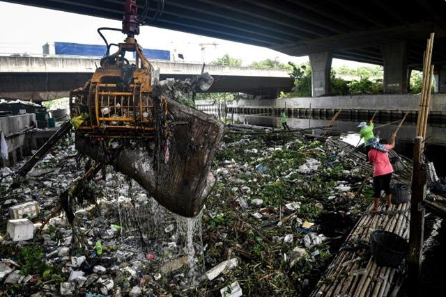 Dịch vụ giao đồ ăn đẩy Thái Lan chìm sâu vào khủng hoảng nhựa - Ảnh 1.