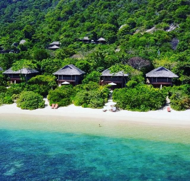 Top 3 resort đắt đỏ bậc nhất Việt Nam: Tiền phòng 1 đêm bằng lương người khác 'cày cuốc' cả tháng - Ảnh 3.