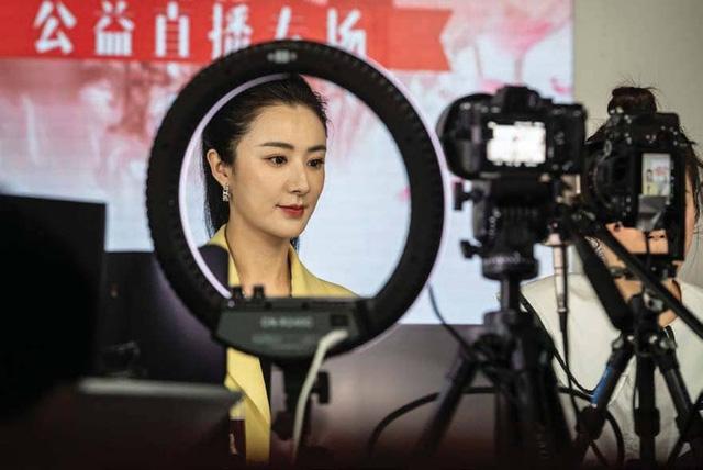 Tham vọng 'bá chủ' của Alibaba: Xây dựng đội quân 1 triệu KOL để livestream bán hàng trên khắp thế giới - Ảnh 2.