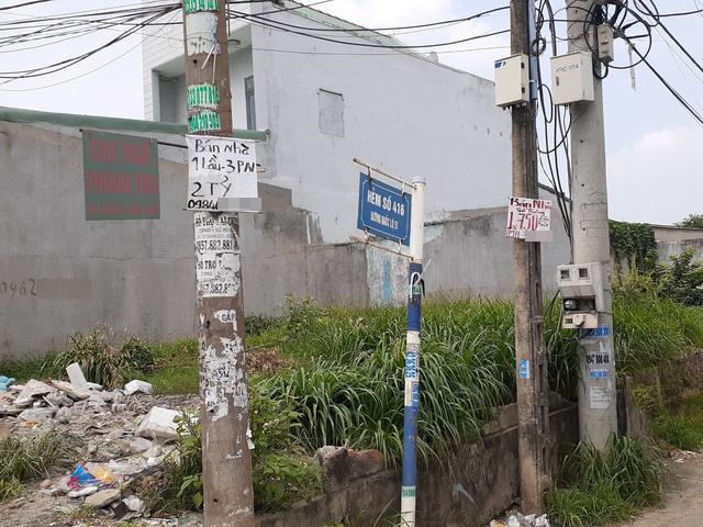 Hoa mắt với cung đường tờ dán, tờ rơi rao bán BĐS tại Long Thành (Đồng Nai) - Ảnh 11.