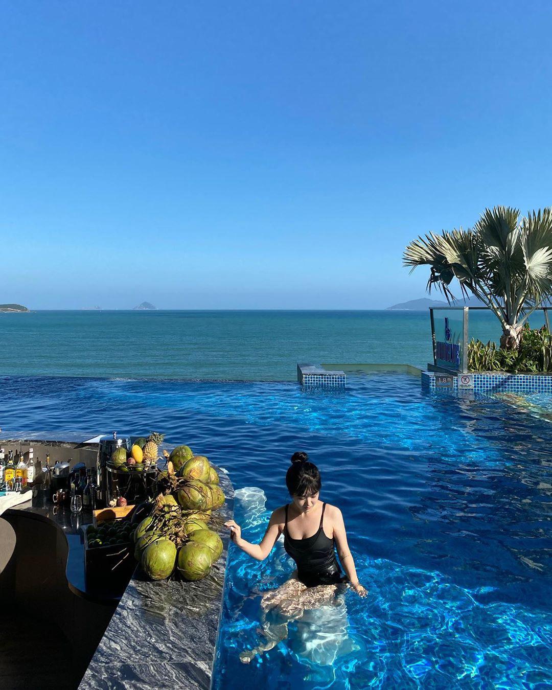 4 khách sạn 5 sao đáng ở nhất khi tới Nha Trang: Hồ bơi vô cực view tầng cao sang chảnh, giá còn giảm tới 50%! - Ảnh 5.