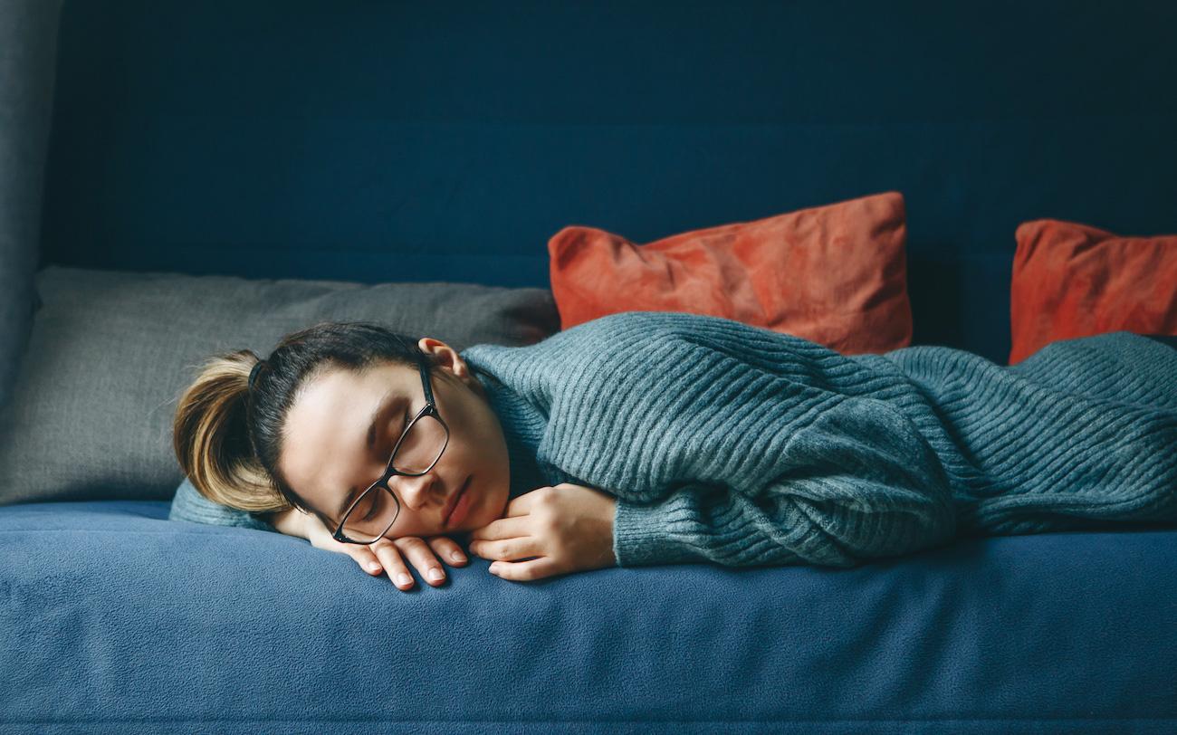 Chất lượng giấc ngủ sau tuổi 35 thay đổi do nội tiết tố và cách giải quyết
