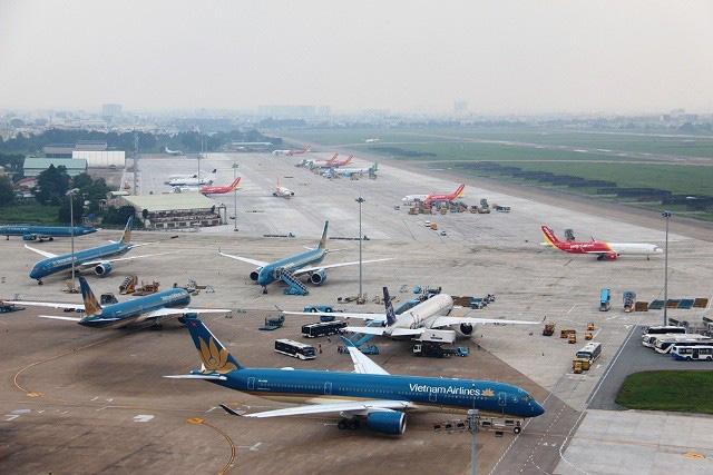 Trình Chính phủ dự án giảm 30% thuế BVMT đối với nhiên liệu bay - Ảnh 1.
