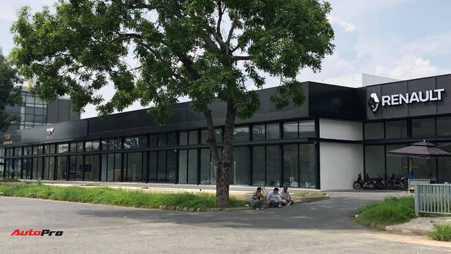 Renault, Ducati về chung nhà với Bentley, Lamborghini, Aston Martin tại Việt Nam - Ảnh 1.