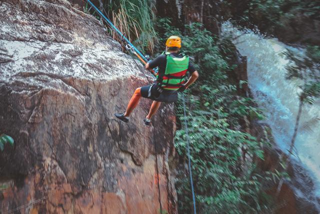 Một Đà Lạt khác thường: Tour vượt thác 6 levels không dành cho người yếu tim, khám phá thiên nhiên hùng vĩ - Ảnh 9.