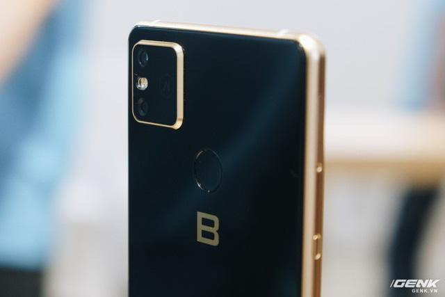 CEO BKAV Nguyễn Tử Quảng: Hỡi những ai đang chỉ trích Bphone, BKAV đang xây dựng nền công nghiệp smartphone Việt Nam đấy - Ảnh 1.