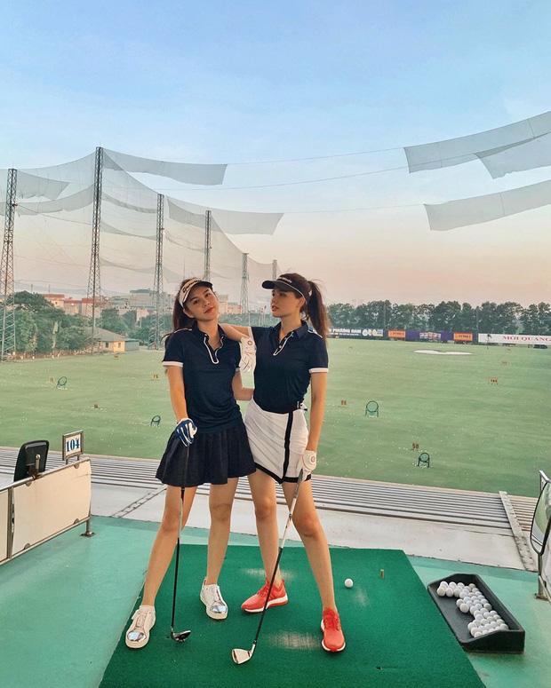 Không hẹn mà gặp hội mỹ nhân Việt đều check-in ở sân golf: 1 buổi chơi golf có lợi ích bằng 1 tuần tập thể dục nên bảo sao không mê cho được - Ảnh 5.