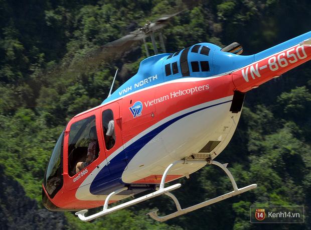 Đi Tràng An bằng máy bay: những vị khách đầu tiên đã được bay thử nghiệm ngắm cố đô trên trực thăng - Ảnh 5.