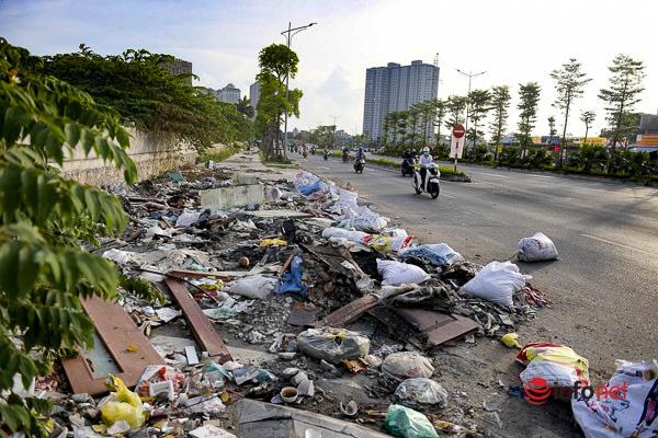 Hà Nội: Đại lộ nghìn tỷ vừa thông xe biến thành các bãi rác rùng mình - Ảnh 7.