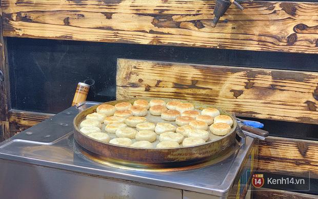 Đến Sa Pa thử bao nhiêu đặc sản nhưng không phải ai cũng từng biết đến món bánh hạt dẻ này - Ảnh 6.
