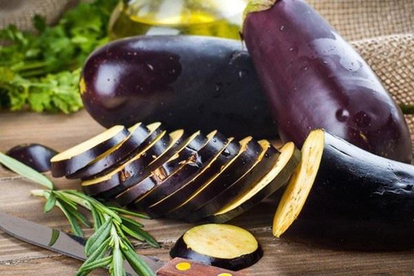 13 thực phẩm thần thánh cho hệ miễn dịch khỏe mạnh: Người già, trẻ nhỏ cần bổ sung tăng cường trong ngày thời tiết khắc nghiệt - Ảnh 4.