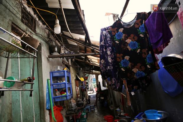 """Xóm chạy thận ở Hà Nội chật vật dưới cái nóng trên 50 độ: """"Khát không được uống nhiều nước, nằm xuống giường nóng như nằm dưới nền đường - Ảnh 3."""