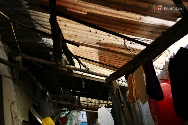 """Xóm chạy thận ở Hà Nội chật vật dưới cái nóng trên 50 độ: """"Khát không được uống nhiều nước, nằm xuống giường nóng như nằm dưới nền đường - Ảnh 4."""