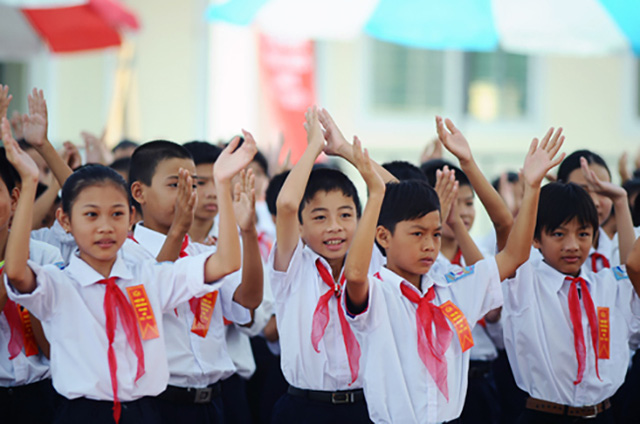 Tin vui: Học sinh tiểu học chính thức được miễn đóng học phí bắt đầu từ ngày 1/7, học sinh ngoài cơ sở công lập được hỗ trợ học phí  - Ảnh 1.