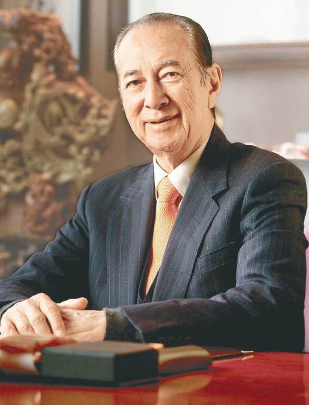 Cuộc tranh chấp gia sản lớn nhất châu Á: Trùm sòng bạc Macau sẽ chia 1,5 triệu tỷ đồng cho 3 bà vợ, 16 người con như thế nào? - Ảnh 1.