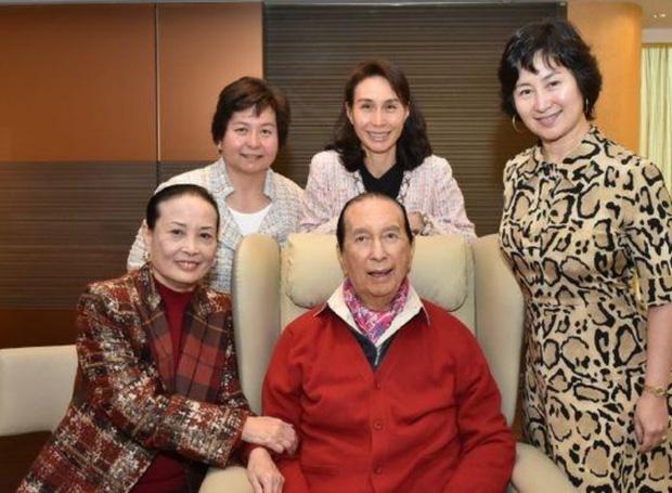 Cuộc tranh chấp gia sản lớn nhất châu Á: Trùm sòng bạc Macau sẽ chia 1,5 triệu tỷ đồng cho 3 bà vợ, 16 người con như thế nào? - Ảnh 6.