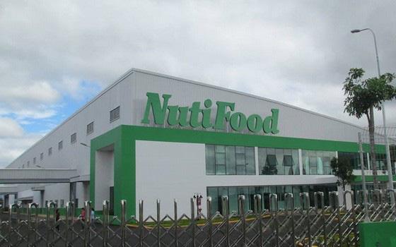 """Dẫn đầu doanh thu sữa trẻ em với 22% thị phần, Nutifood muốn mở rộng sân chơi xuất khẩu với tuyên bố """"sữa Việt không thua gì hàng ngoại"""""""