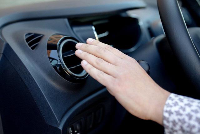 Sự thật phũ phàng về điều hòa trên ô tô và cách dùng hiệu quả - Ảnh 2.