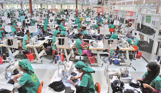 Covid-19 có khả năng chặn đứng giấc mơ thoát nghèo của công nhân dệt may ở nhiều quốc gia - Ảnh 4.
