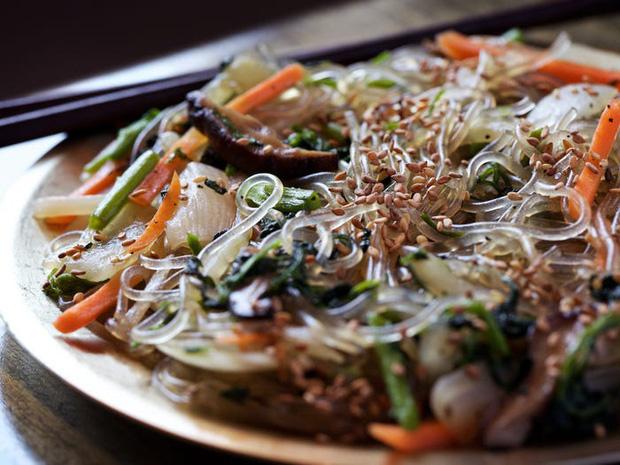 11 món mì nổi tiếng nhất của từng quốc gia, phở Việt Nam cũng góp mặt đầy tự hào trong danh sách - Ảnh 6.