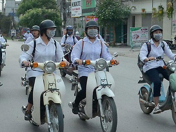 Bỏ cấp GPLX hạng A0 cho người lái xe gắn máy dưới 50 phân khối - Ảnh 1.