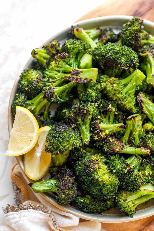 6 loại thực phẩm tuyệt đối đừng nên hâm nóng trong lò vi sóng nếu không nó sẽ phát nổ hoặc gây độc cho thức ăn - Ảnh 3.