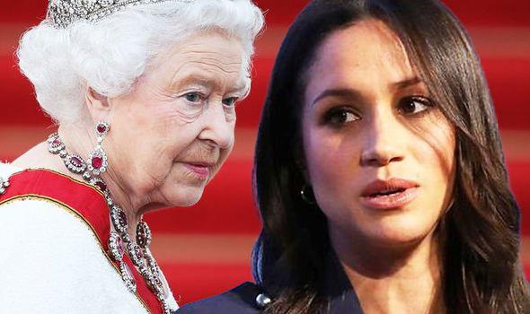 Đẳng cấp như Nữ hoàng Anh: Trị cháu dâu Meghan Markle chỉ bằng một thái độ duy nhất, đủ khiến cô tức tối nhưng không làm gì được - Ảnh 2.