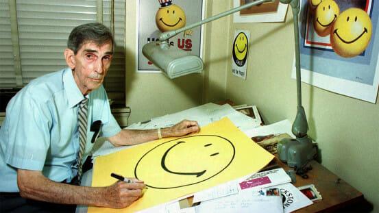 Cha đẻ của icon mặt cười nổi tiếng chỉ được trả... 1 triệu đồng, không hề có một xu tiền bản quyền - Ảnh 1.
