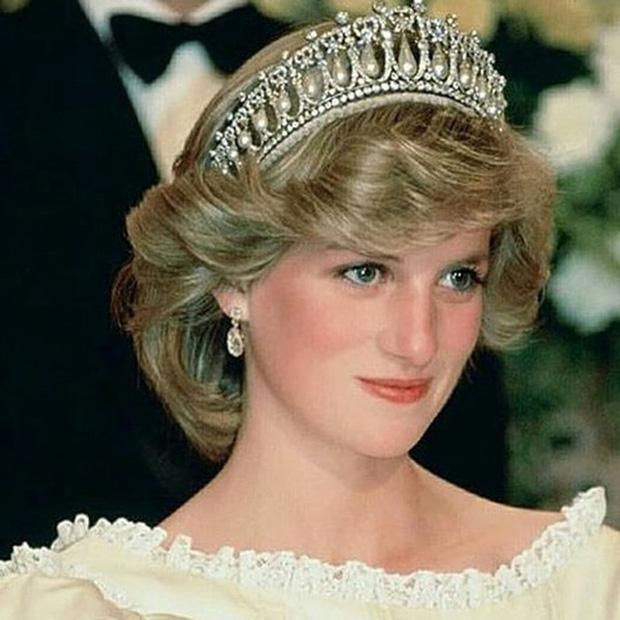 Hé lộ cuộc gọi cuối cùng với con trai của Công nương Diana trước khi ra đi, điều khiến hai vị Hoàng tử nuối tiếc suốt cuộc đời - Ảnh 5.