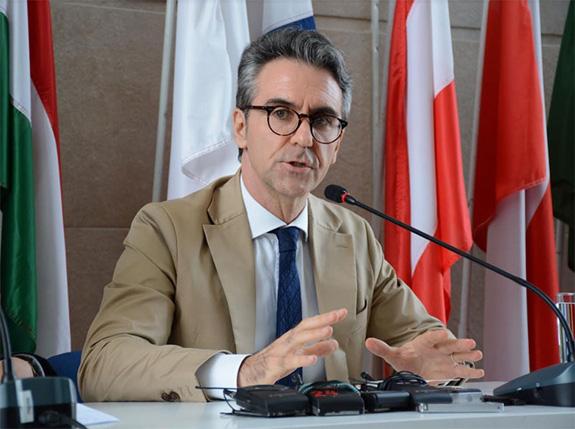 Đại sứ EU: Việt Nam đã đạt được những tiến bộ rất ấn tượng trong công cuộc chuyển đổi năng lượng tái tạo - Ảnh 1.